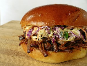 pulledbeef_sandwich